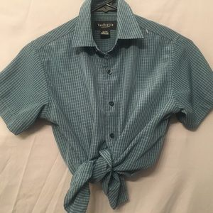 Vintage Blue Collar Button Up